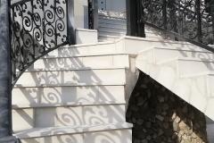 Sečeni kamen stepenice
