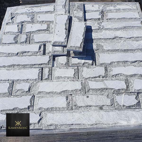 Plavi krajc 10cm kamen