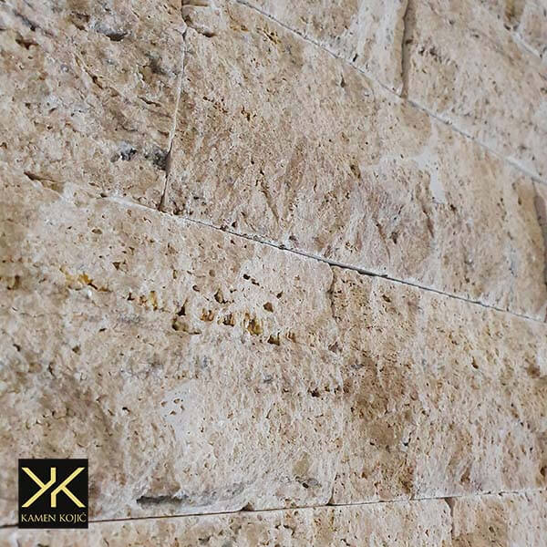 travertin kamene štanglice