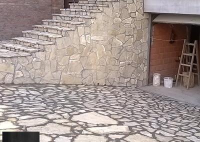Prirodni kamen prilaz garaži tj kolski ulaz