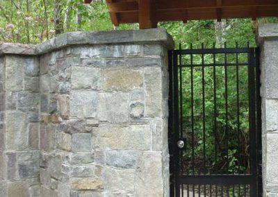 zidana-ograda-od-kamena izvor horbourdoor