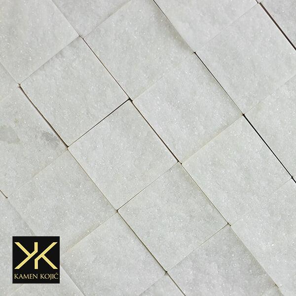 dekorativni mozaik kamen beli mermer