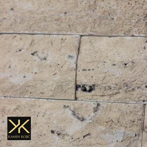 Kamen bunja braon travertin